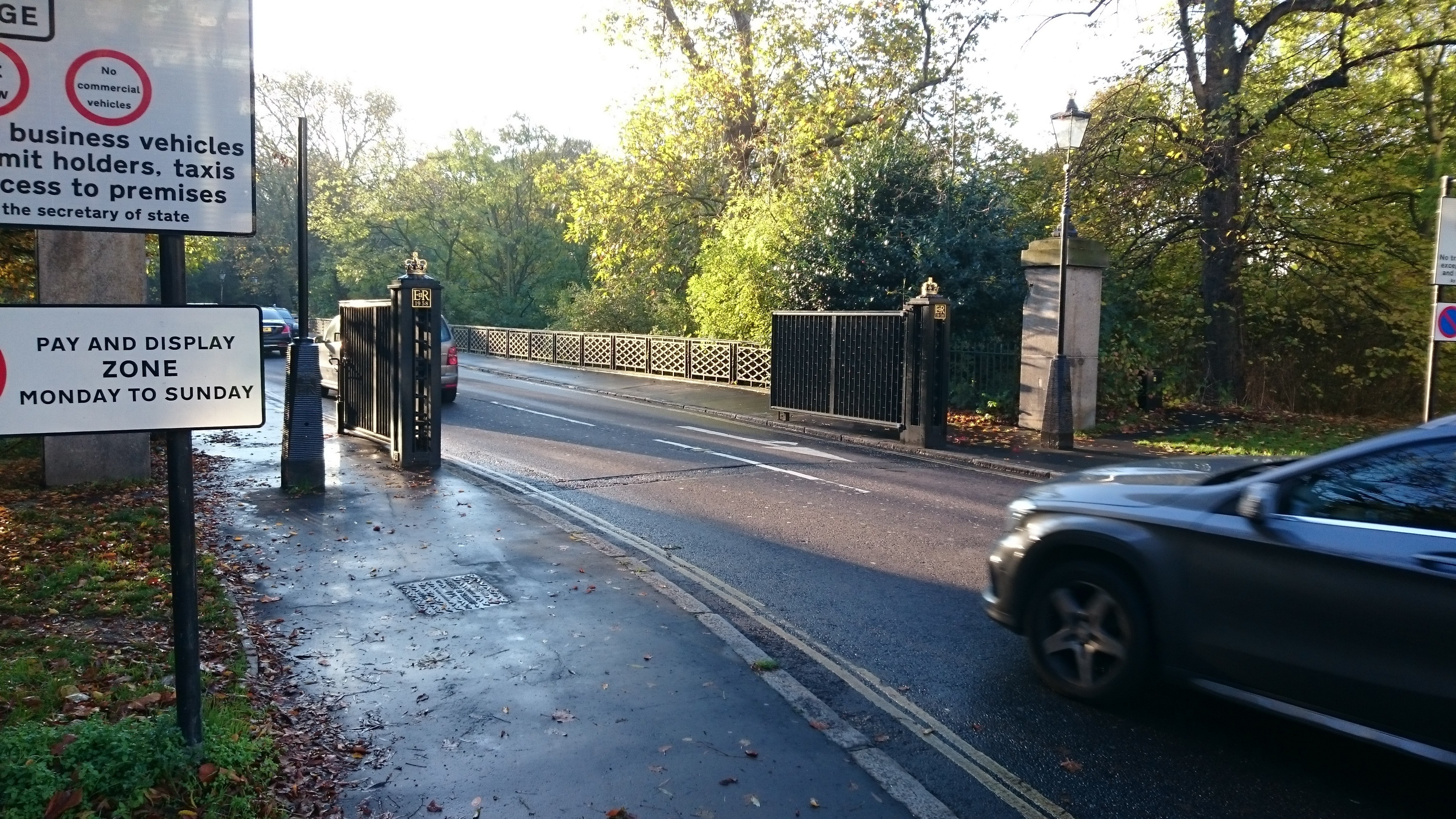 Regent's Park gate closures a real possiblity | City of